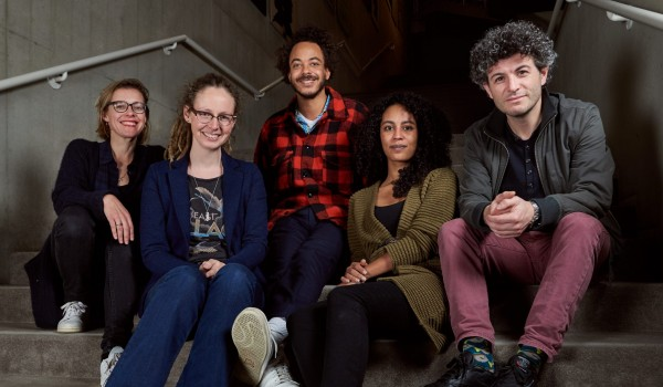 Sanneke van Hassel, Bianco Boer, Raoul de Jong, Daphne Huijsden en Said El Haji voor Kort Rotterdams