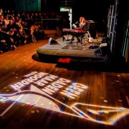 Roos Rebergen tijdens Geen Daden Maar Woorden Festival 2019