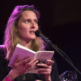 Maartje Wortel leest voor op de Dag van de Literatuur 2019